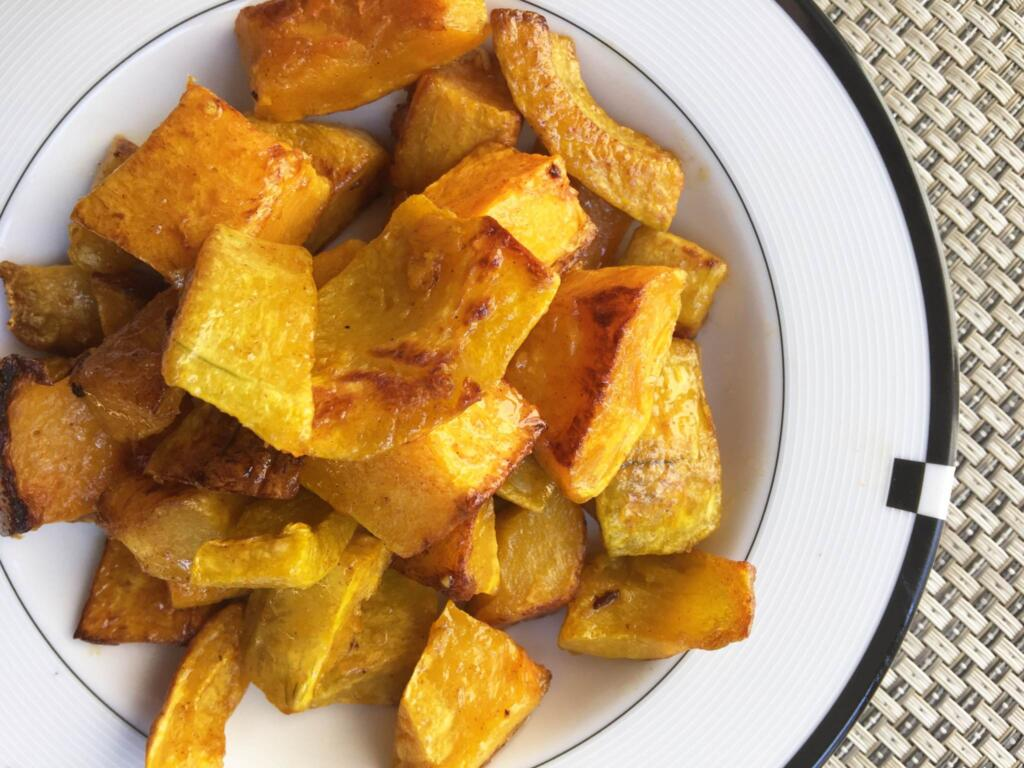 Honey Glazed Honey Roasted Butternut Squash Recipe as a side dish, to top a salad or enjoy it for dinner.
