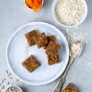Healthy Carrot Cake Bar Recipe
