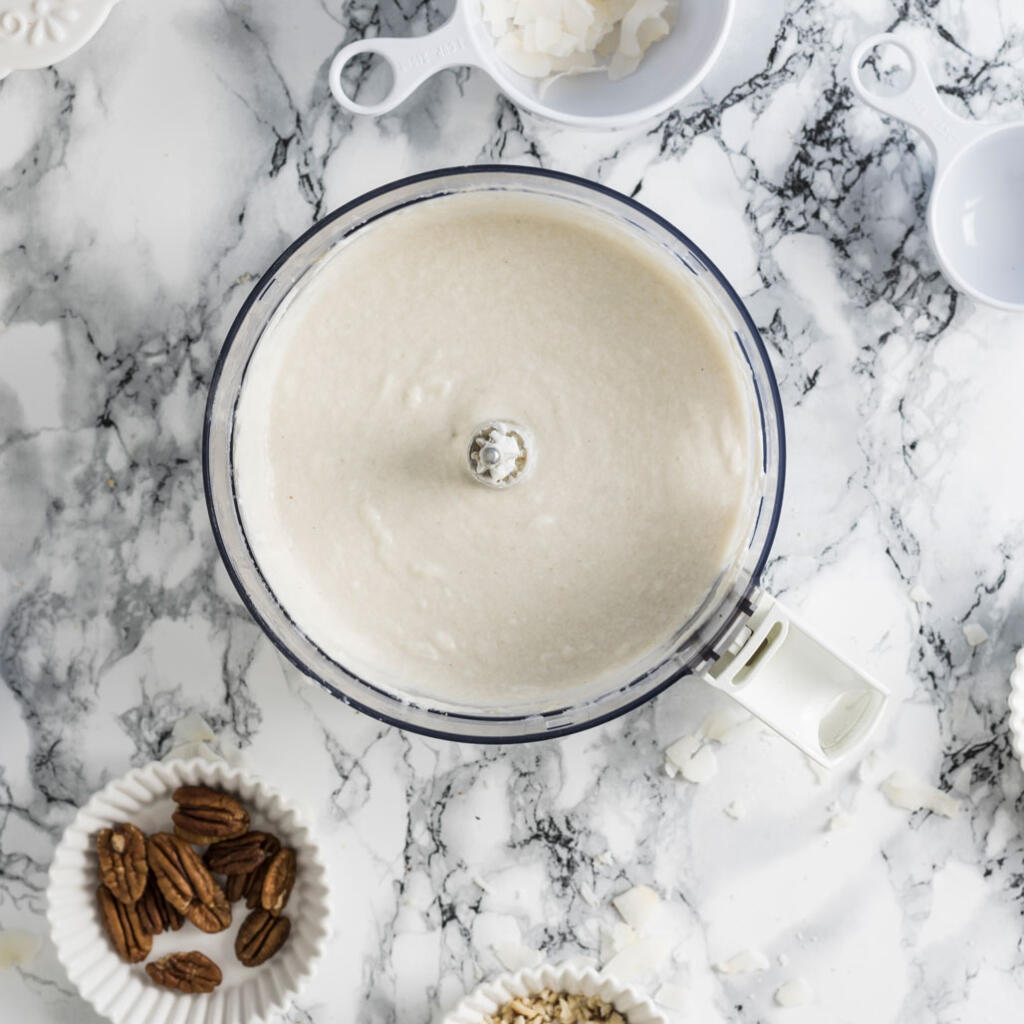 Cashew Cream with Honey in food processor